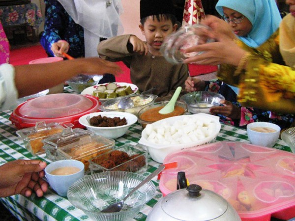 Eid al-Fitr meal in Malaysia