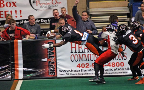 Omaha Beef going for the endzone